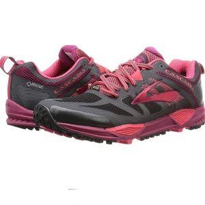 Brooks Cascadia Goretex Running Shoe 1202221 B081